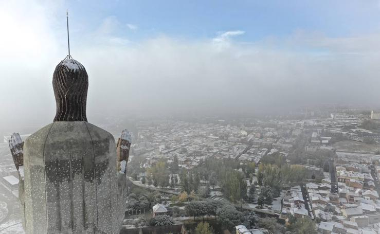 Las imágenes que ha dejado la primera nevada otoñal en Palencia