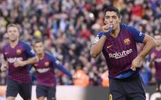 Luis Suárez toma las riendas del Barcelona