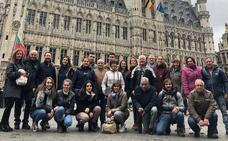 Atrapada en Bruselas la expedición del grupo teatral de Fuentepelayo