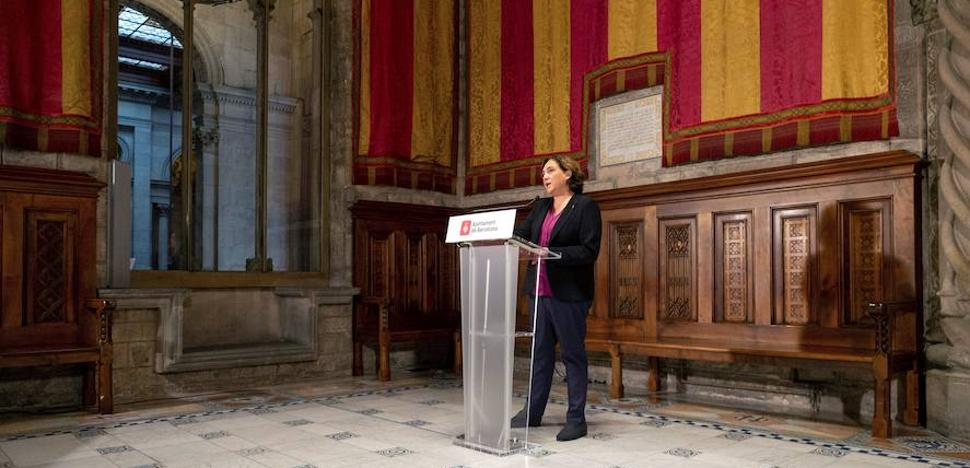 El Ejecutivo no se plantea recurrir la censura al Rey del Ayuntamiento de Barcelona