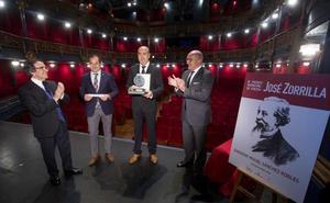 Sánchez Robles recibe el Premio Internacional de Poesía José Zorrilla