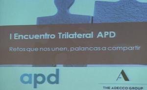 200 grandes directivos tejen en León las soluciones a los retos demográficos y empresariales del Noroeste
