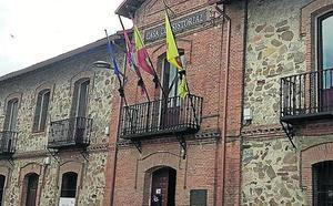 El Ayuntamiento de Navas de Oro salda su deuda en año y medio, según el alcalde