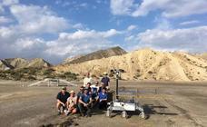 La UVA prueba en el desierto de Almería el vehículo que viajará a Marte en la Misión ExoMars