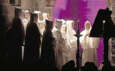 Schola Antiqua canta los oficios de difuntos medievales en la Catedral
