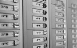 La ley prohíbe la venta 'puerta a puerta' de gas y electricidad