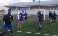 El Salamanca CF se ejercita sin Sotres, Galván ni Indiano y con Armando en el gimnasio