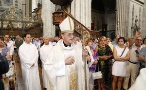 El obispo de Salamanca lamenta que las víctimas «se callasen» ante los abusos de un cura de la diócesis