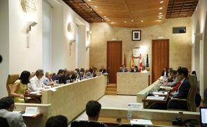 El PSOE desoye al PP y Cs y no secundará las mociones en defensa del Archivo