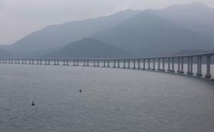 El puente más largo del mundo, que une Hong Kong y Macao, fabricado con acero leonés