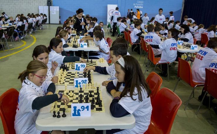400 escolares de Valladolid participan en el torneo de ajedrez Open Chess