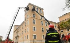 La UME practica en Valladolid cómo estabilizar una estructura histórica ante una catástrofe