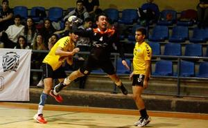 Hugo Garín le da el empate al BM Salamanca a falta de seis segundos ante el potente BM Soria (27-27)