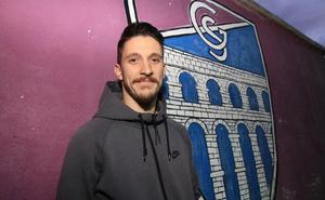 Adrián Pérez: «El fútbol dura lo que dura y luego hay que vivir»