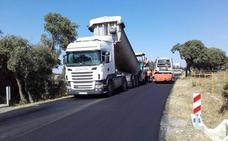 A punto de concluir la mejora de la carretera entre Palacio de Riofrío y La Losa