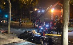 Un socavón se traga un vehículo en Zamora