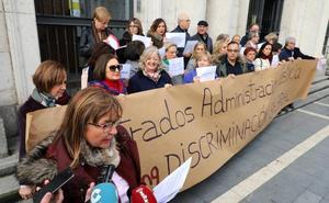 Los letrados judiciales salen a la calle para reclamar al Ministerio que actualice sus retribuciones, 'congeladas' desde 2009
