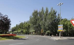 La rotonda de Los Jardinillos se moverá para conectar el parque con la Calle Mayor de Palencia