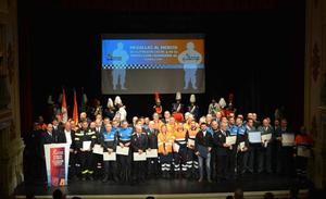 Reconocimiento a profesionales y ciudadanos con las Medallas al Mérito