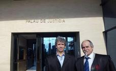 La Audiencia de Alicante absuelve al abogado Gabriel Ruiz de un delito de injurias a funcionarios