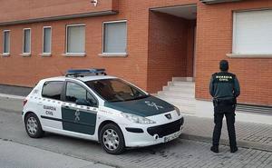 Investigan a siete personas por conducir sin carné o suplantar a otros en el examen