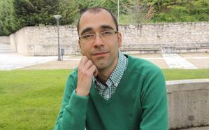 El poeta carrionés Jacob Iglesias presenta este miércoles en Palencia su nuevo libro