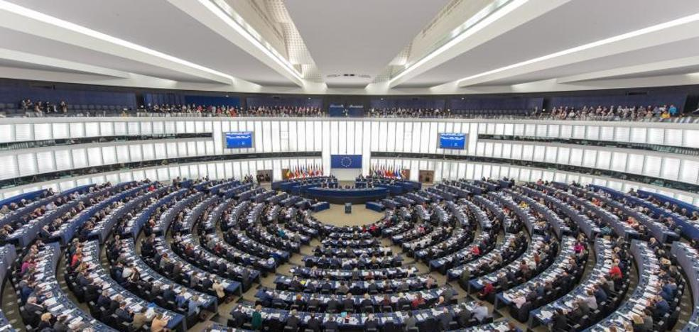Europa reduce a 19 céntimos por minuto el precio de sus llamadas