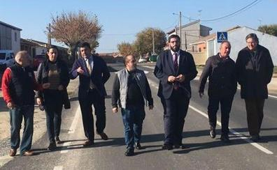 El presidente de la Dipitación inaugura el vial que une Palacios de Goda con la autovía A-6