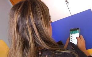 Condenada a 15 meses de cárcel por espiar el móvil de su marido y reenviar fotos de la amante