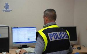 La Policía advierte de que ofrecer contratos de luz y gas mediante visitas a domicilio es ilegal