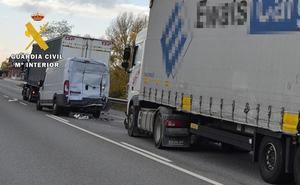 Investigado un camionero por provocar un accidente con una tasa de alcoholemia nueve veces superior a la permitida