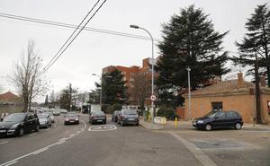 El Ayuntamiento de Palencia licita la rotonda de acceso al aparcamiento del Hospital
