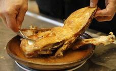 ¿Qué mejor menú que un suculento asado de lechazo de Castilla y León después de un rico entrante elaborado con setas?