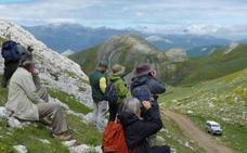 El ecoturismo es una tendencia en alza que eligen tres de cada diez turistas rurales en Castilla y León