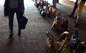 Los comerciantes segovianos declaran la guerra al 'top manta'