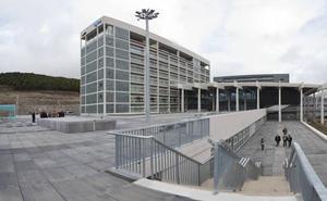 La oposición concluye que el Hospital de Burgos es «un coladero de dinero público»