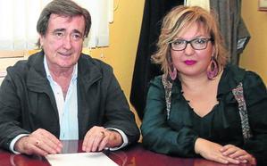 El alcalde de Cuéllar respalda a su concejala de Cultura y la felicita por su gestión