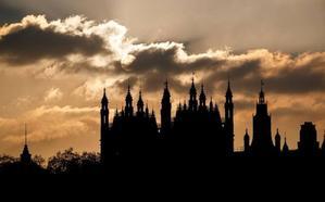 El sendero del 'Brexit' se ha cegado y May no puede retroceder