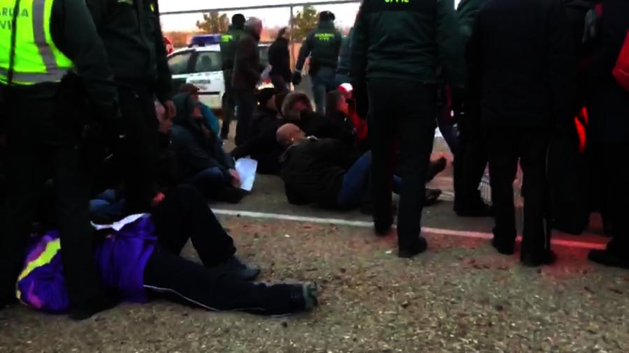 Los sindicatos elevan el tono de las protestas en la cárcel de Dueñas