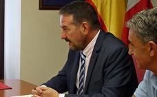 «El Procurador del Común desconoce la labor de un alcalde en los pueblos pequeños»