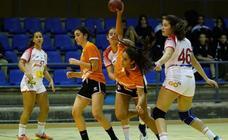 Partido del BM Salamanca cadete ante la Selección Nacional Promesas