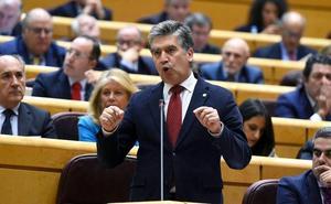 Podemos e IU exigen la dimisión de Cosidó por sus mensajes sobre el CGPJ