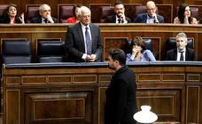 Pastor expulsa a Rufián del Congreso por insultar a Borrell