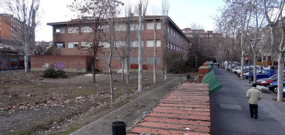 Educación tendrá que tirar el instituto vallisoletano de Santa Teresa tras nueve años de abandono