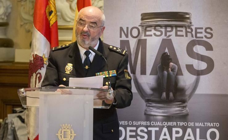 Acto conmemorativo del Día Internacional contra la Violencia Hacia las Mujeres en el Ayuntamiento de Valladolid