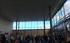 Retraso en el vuelo de Villanubla a Sevilla con aficionados del Palencia