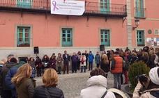 Los vecinos de La Granja claman contra la «lacra» de la violencia de género