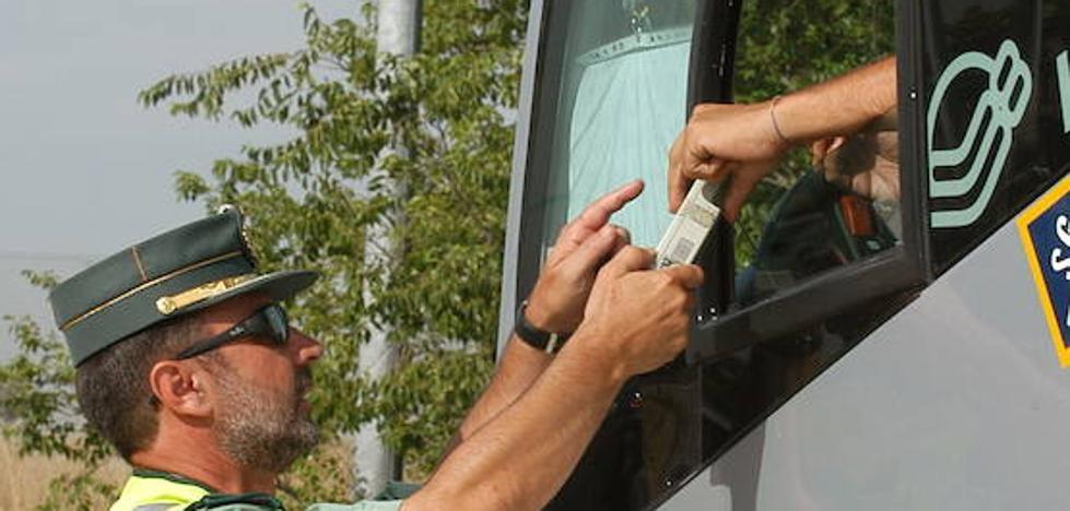 La DGT, a favor de la tolerancia cero en alcohol para los conductores de autobús