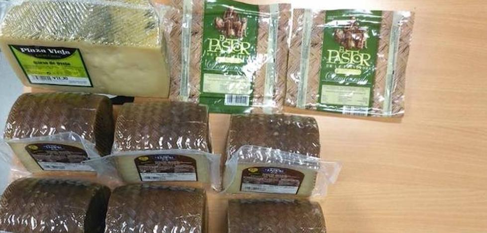 Detenido en Pajarillos cuando trataba de vender el 'botín' de quesos robado en la Estación Gourmet