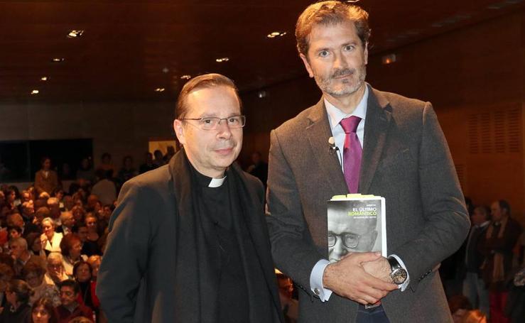 El vicario del Opus Dei, en el Aula de Dultura de El Norte de Castilla